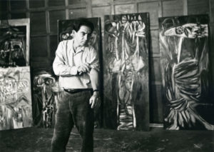 Oswaldo Vigas in his studio
